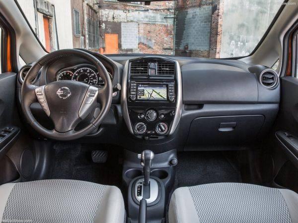 Nissan Versa Note 2017: компактвен для максималиста